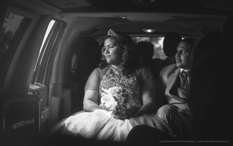 black and white limousine quinceanera photography haines city luis betancourt photography